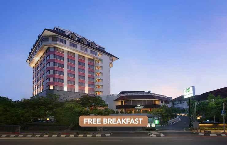 EXTERIOR_BUILDING Hotel Santika Premiere Semarang