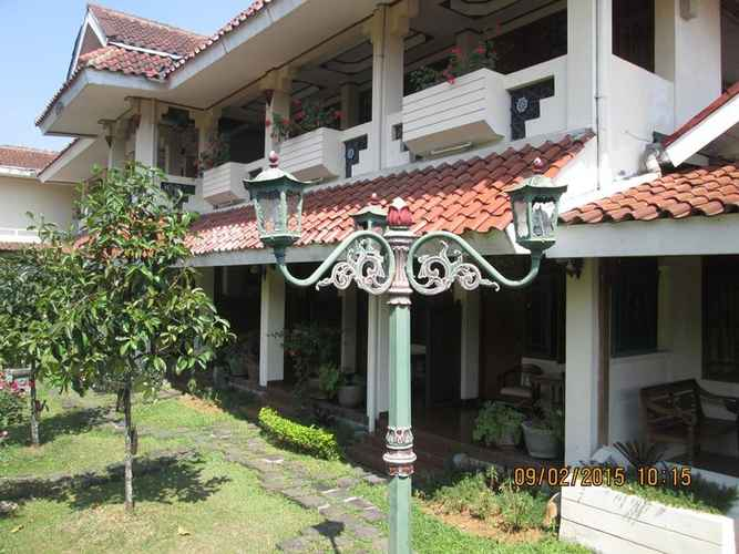 EXTERIOR_BUILDING Taman Teratai Hotel