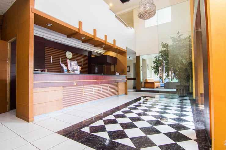 LOBBY Hotel Bintang Solo