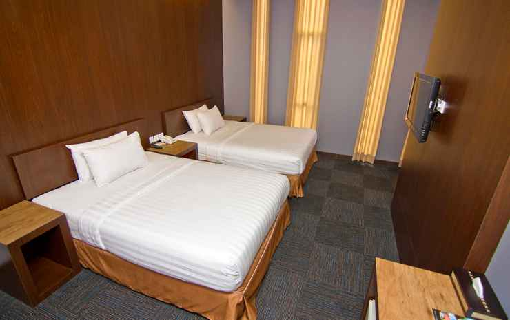 Plan B Hotel Padang - Junior Suite Room