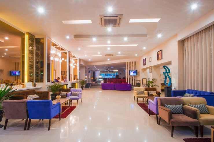 LOBBY Daima Hotel Padang