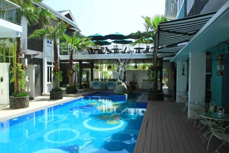 SWIMMING_POOL Oxville Hotel