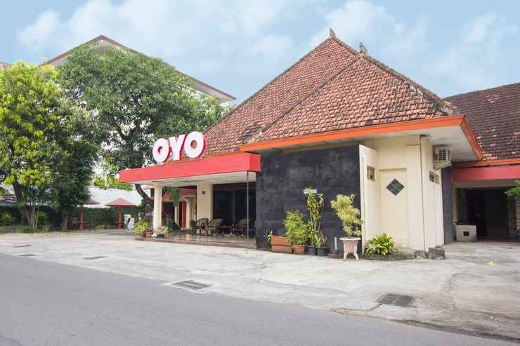 EXTERIOR_BUILDING OYO 524 Makuta Hotel Near RSUD Kota Yogyakarta