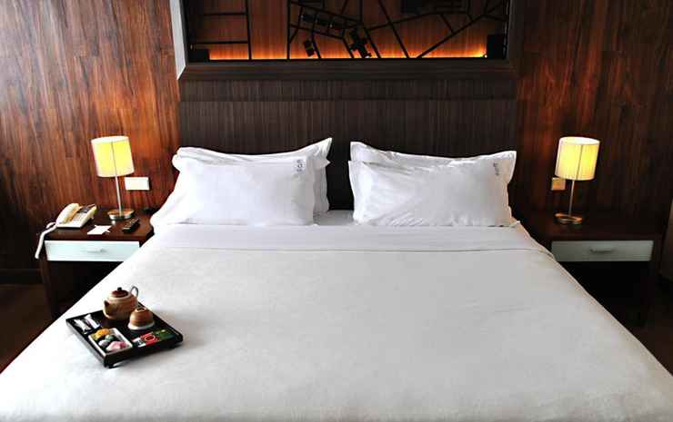 Century Park Hotel Jakarta - Premium King