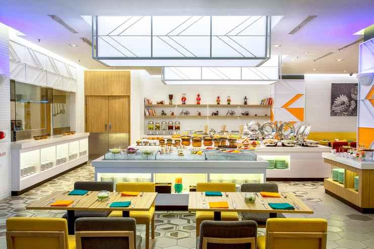 RESTAURANT HARRIS Hotel & Convention Kelapa Gading