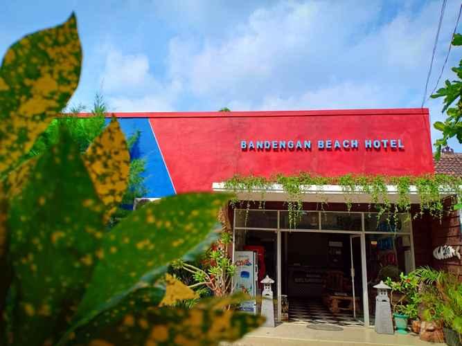 EXTERIOR_BUILDING Bandengan Beach Hotel