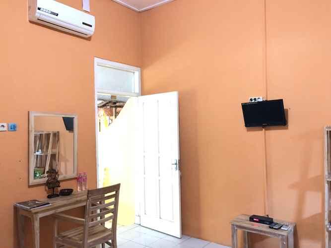 BEDROOM Sriya Cafe & Homestay