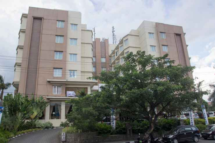 EXTERIOR_BUILDING Manado Quality Hotel