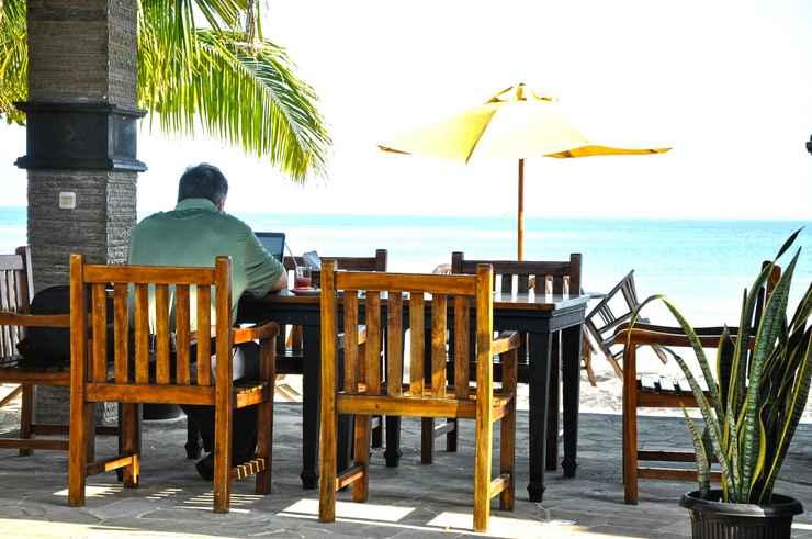 RESTAURANT Palm Beach Resort Jepara