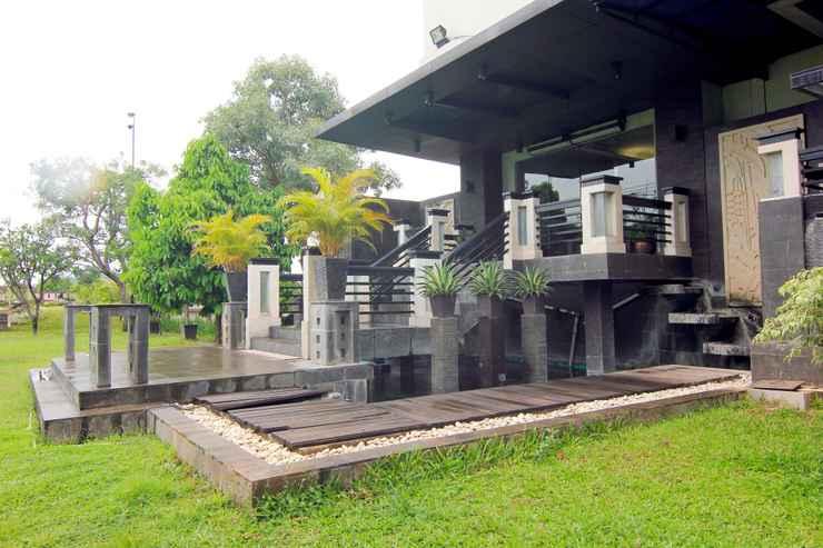EXTERIOR_BUILDING Amalia Hotel Lampung