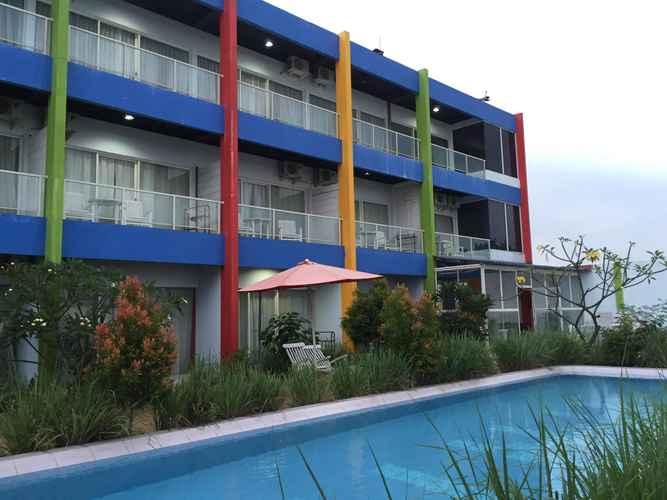 SWIMMING_POOL Jepara Beach Hotel