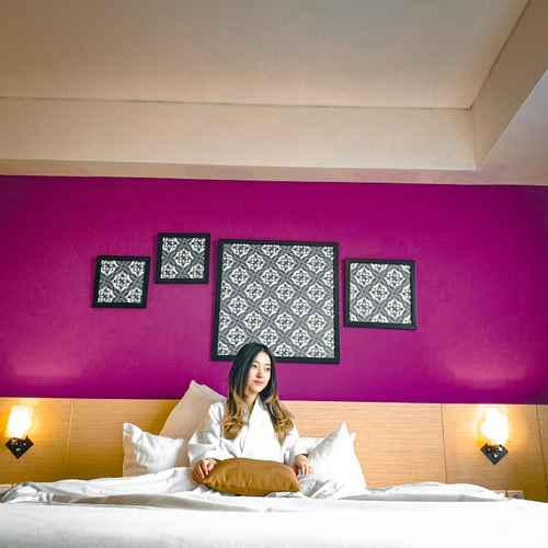 BEDROOM Grand Edge Hotel Semarang