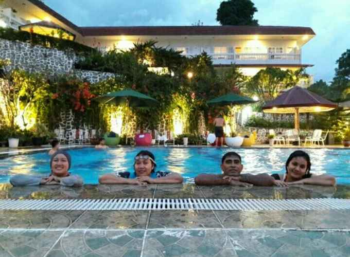 SWIMMING_POOL Parapat View Hotel