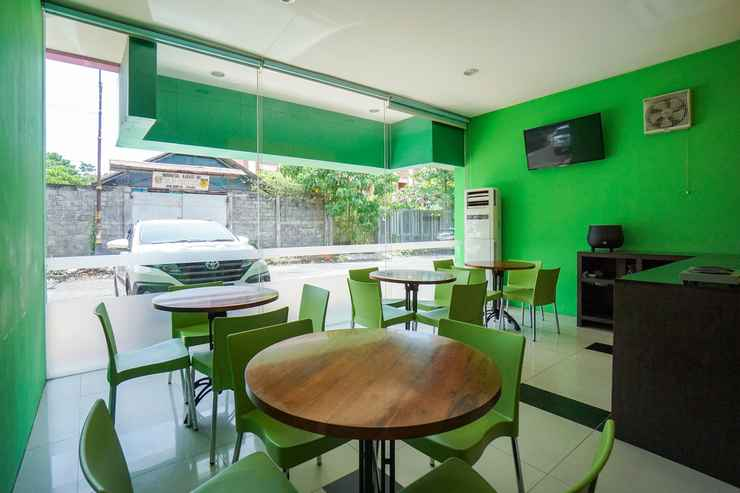 RESTAURANT De Nearby Hotel Manado