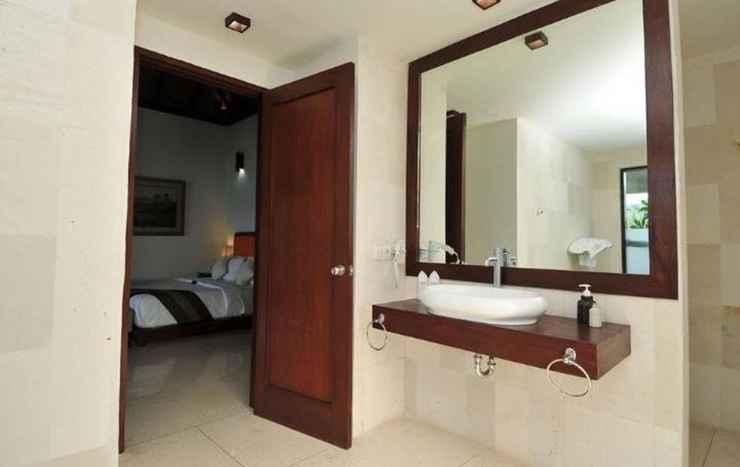 BATHROOM Dabirahe Dive, Spa and Leisure Resort - Lembeh