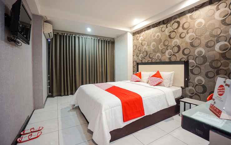 OYO 1318 Hotel Prince Boulevard Manado - Double Standard