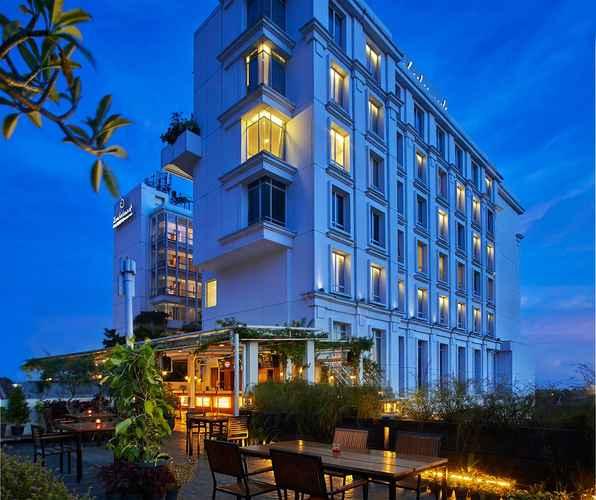BAR_CAFE_LOUNGE Jambuluwuk Malioboro Hotel Yogyakarta