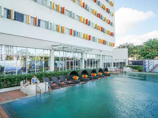 SWIMMING_POOL HARRIS Hotel Batam Center
