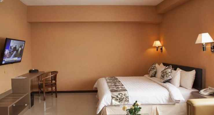 BEDROOM Borneo Emerald Hotel