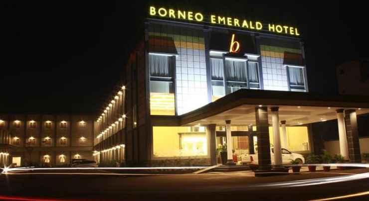 EXTERIOR_BUILDING Borneo Emerald Hotel