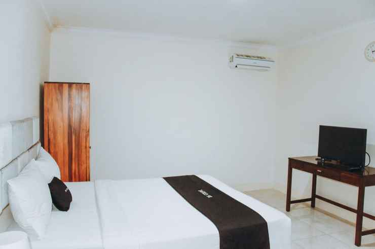 BEDROOM DS CoLive Marina Airport