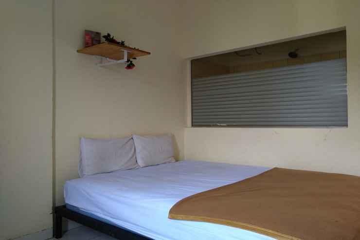 BEDROOM OYO 3499 J8 Hotel
