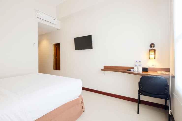 BEDROOM Tree Hotel Makassar