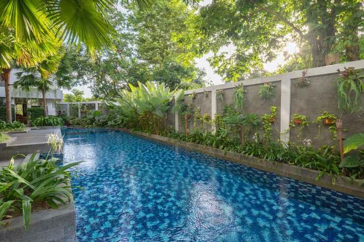 SWIMMING_POOL Burza Hotel Yogyakarta