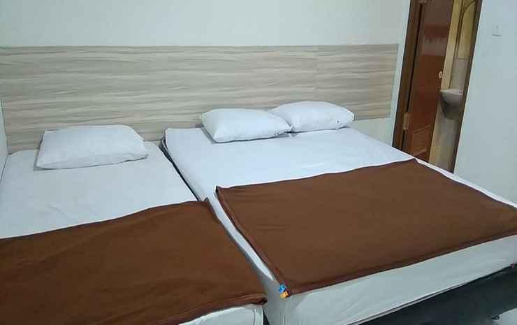 Bantal Guling Guesthouse Gatsu Bandung - Family Room 3 Room Only
