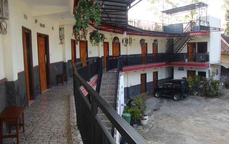 Hotel Panorama Wisata Air Terjun Coban Rondo Malang -
