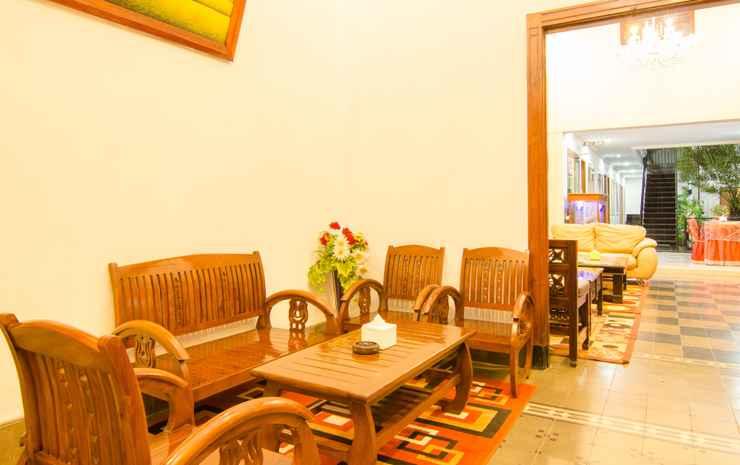 Hasanah Guest House Syariah Buring In Klojen Malang East Java