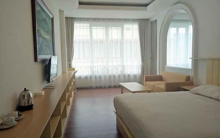 Jimmers Mountain Resort Puncak - Carmel Gold Room Only