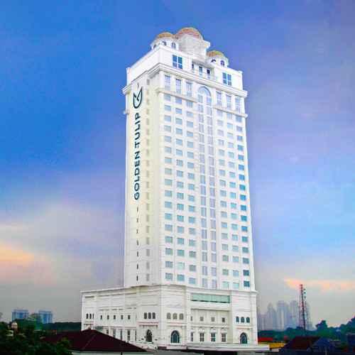 EXTERIOR_BUILDING Golden Tulip Legacy Surabaya