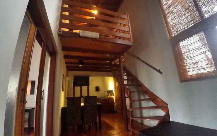 BUMI RESIK 2 BEDROOMS GUESTHOUSE Bandung - Family Suite 2BR - Unit A