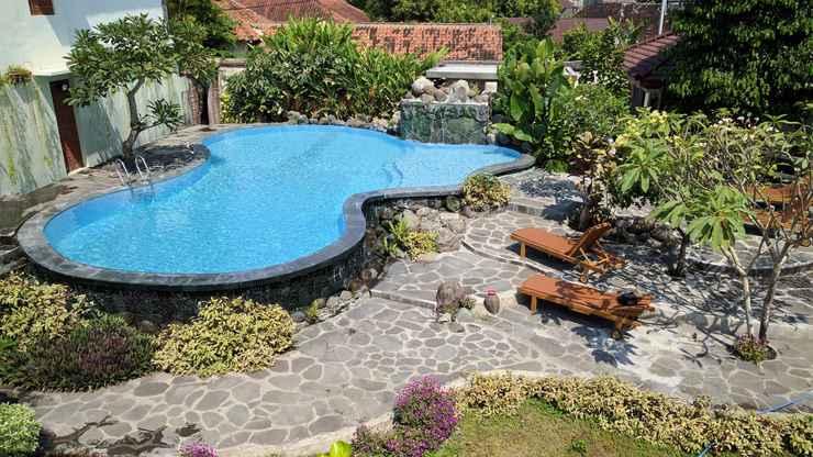 SWIMMING_POOL Puri Pangeran Hotel