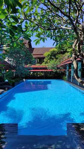 SWIMMING_POOL Paku Mas Hotel