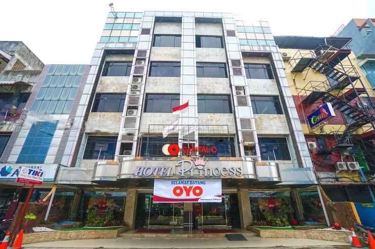 EXTERIOR_BUILDING Capital O 166 Hotel Princess