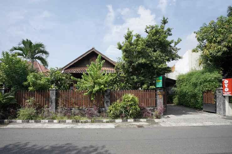 EXTERIOR_BUILDING OYO 804 Ndalem Maharani Guest House