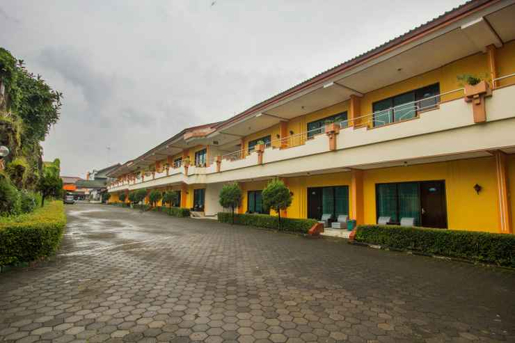 EXTERIOR_BUILDING Hotel Borobudur Indah
