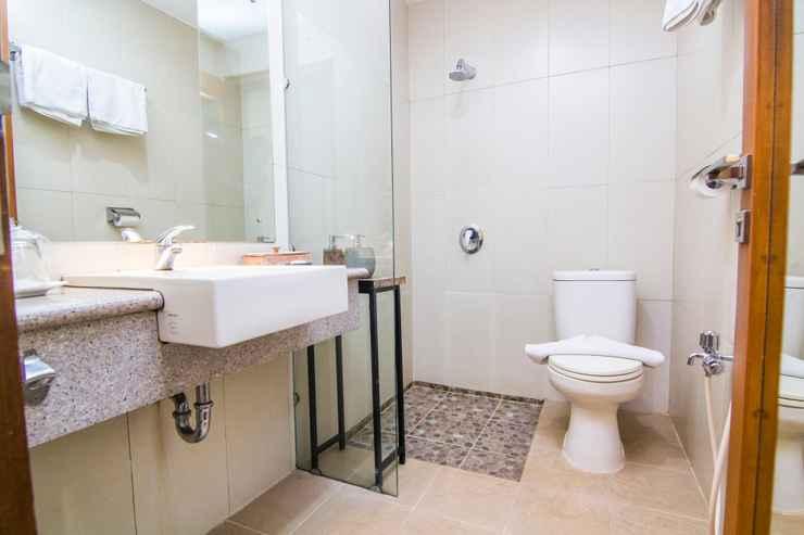 BATHROOM Hotel Sriti Magelang