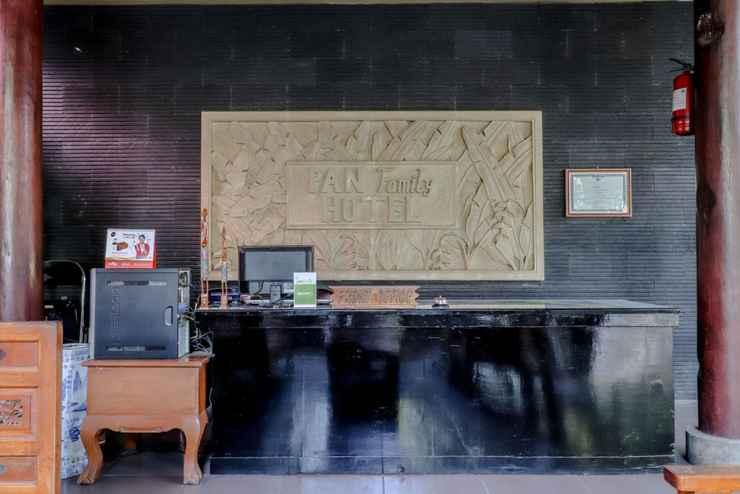 LOBBY Pan Family Hotel Syariah Hospitality