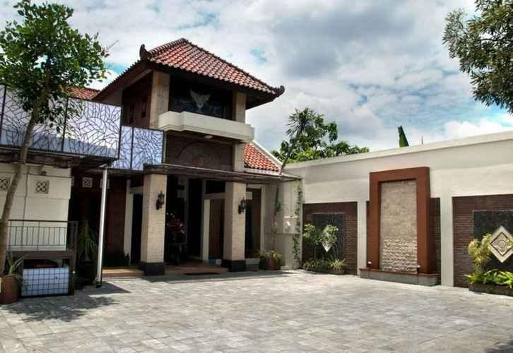 EXTERIOR_BUILDING Griya Desa Hotel & Pool