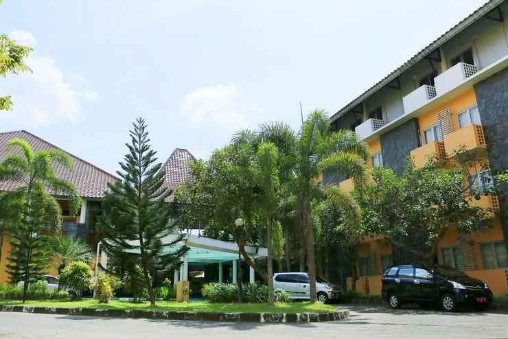 EXTERIOR_BUILDING University Hotel Yogyakarta