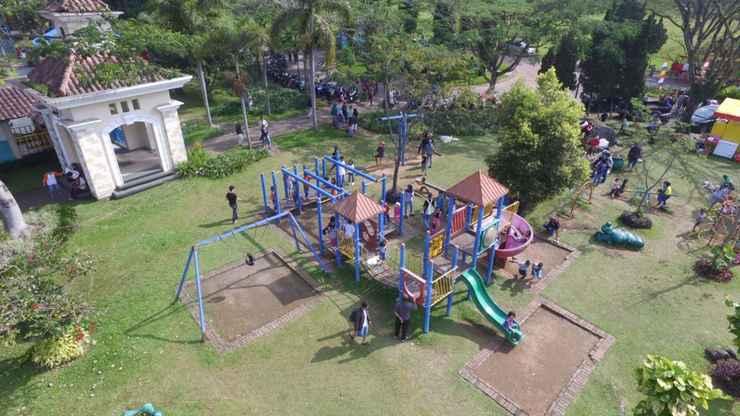 COMMON_SPACE Puncak Resort Villa by Aryaduta