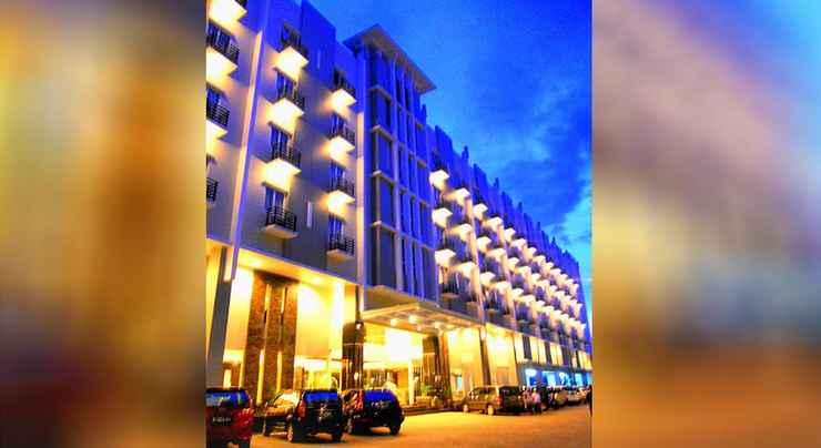 EXTERIOR_BUILDING Orchardz Hotel Ayani Pontianak