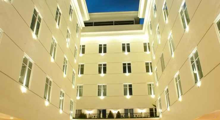 EXTERIOR_BUILDING The Sidji Hotel Pekalongan