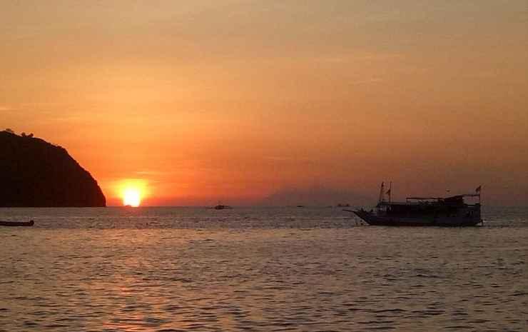 Bajo Sunset Hostel  Manggarai Barat -