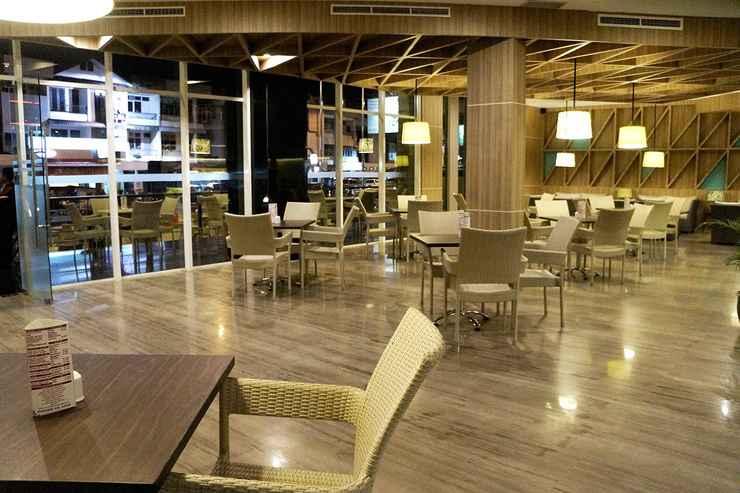 RESTAURANT Orchardz Hotel Gajahmada Pontianak