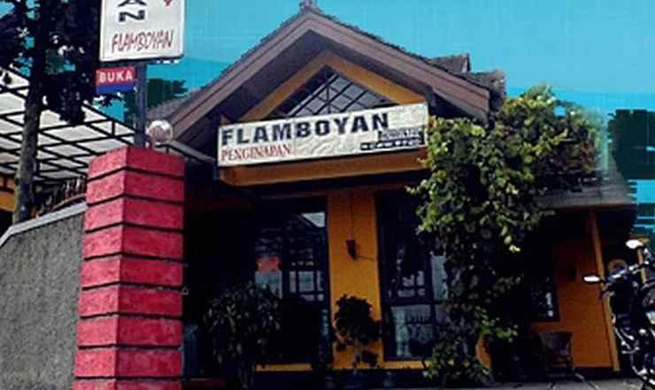 EXTERIOR_BUILDING Homestay Flamboyan 1