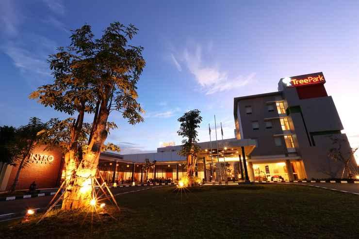 EXTERIOR_BUILDING TreePark Hotel Banjarmasin